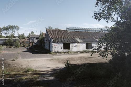 Foto op Canvas Oude verlaten gebouwen abandoned factory