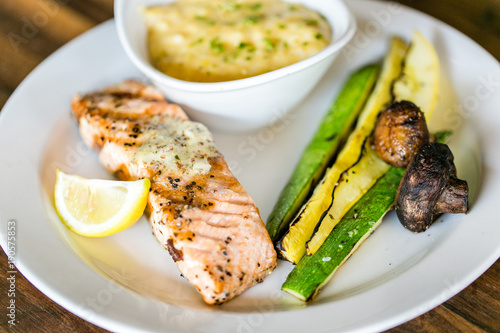 grilled salmon with side of veggies - 190575853