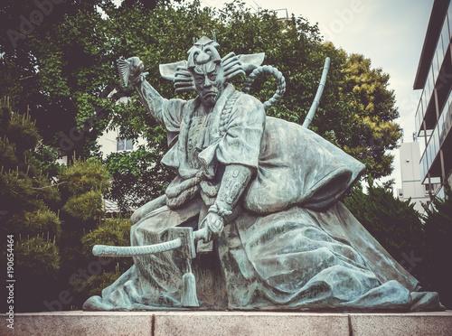 Foto op Plexiglas Tokio Samurai statue in Senso-ji temple, Tokyo, Japan