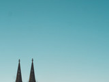 Cologne Cathedral with blue Sky and negative space - 190778241