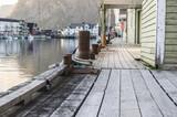 Un quai du port de Henningsvær - 190784476