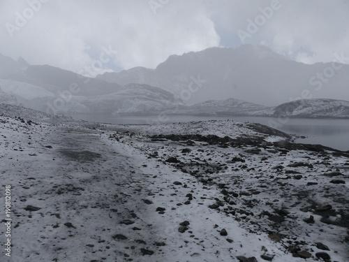 Foto op Canvas Donkergrijs Glacier de Pastoruri à Huaraz dans la Cordillère des Andes au Pérou
