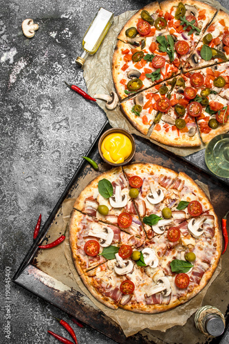 Fresh pizzas with meat and vegetables. - 190845400