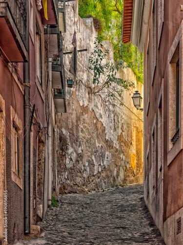 Deurstickers Smal steegje Schmale Gasse in Porto