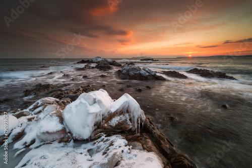Fotobehang Zalm The frozen Kingdom of winter sea