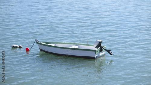 Keuken foto achterwand Schip small boat in the sea