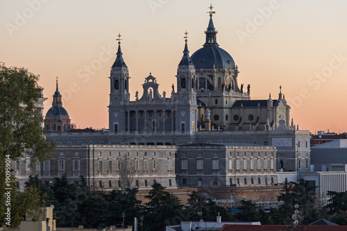 Foto op Canvas Madrid Sunset view of Royal Palace and Almudena Cathedral in City of Madrid, Spain