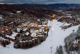 ski resort - 190964640