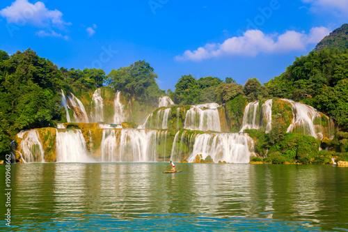waterfall - 190968662