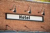 Schild 261 - Hotel - 190999489