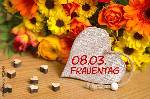 08.03. Frauentag - 191023026