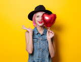 girl with pink hair style with heart shape ballon - 191048292