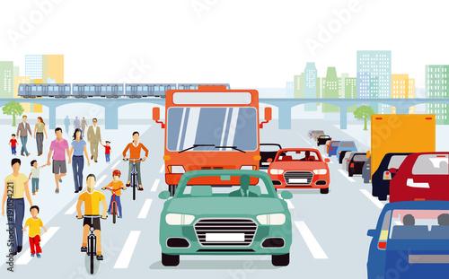 Stadt mit Fußgänger, Radfahrern im Straßenverkehr
