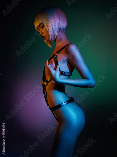 Fotobehang womenART Beautiful nude body of sensuality elegant lady. Sexy blonde in night club