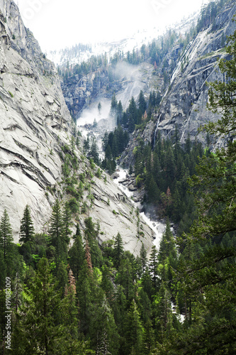 Keuken foto achterwand Wit The Yosemite valley.