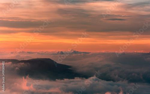 Aluminium Oranje eclat El mar de nubes.Vista dezde el mirador de Monreal, Navarra