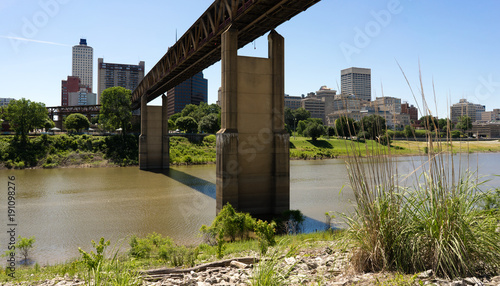 Fotobehang Bruggen Train Tressle Mud Island Over Wolf River Harbor Memphis Tennessee