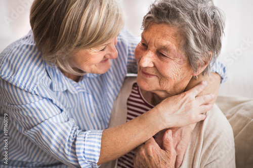 Foto Murales Senior women at home.