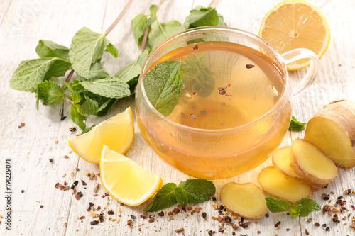 tea mug with lemon, ginger and mint