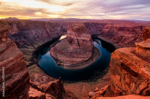 Fotobehang Arizona Sunset landscape view of Horseshoe bend and Colorado river