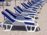 bains de soleil sur plage  - 191454494