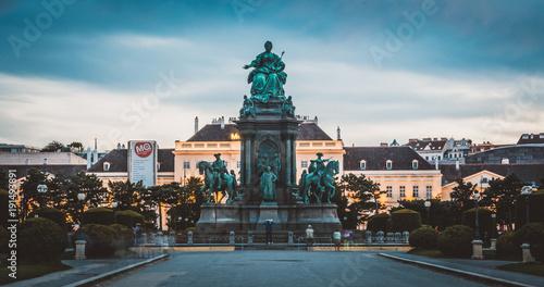 Poster Wenen Maria-Theresien-Denkmal in Wien