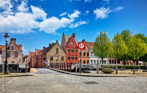 Keuken foto achterwand Brugge Bruges Belgium vintage stone houses and bridge over canal