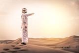 Arabic man in the desert - 191599264