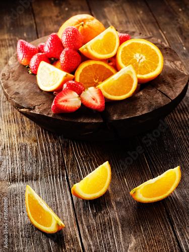 orangen mit erdbeere