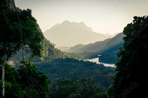 Fotobehang Zwart Viewpoint in northern Laos - Muang Ngoy