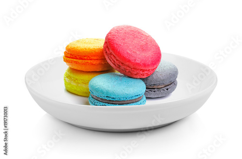 Aluminium Macarons macarons in plate on white background