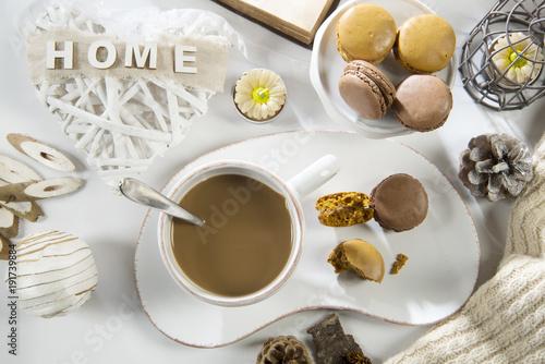 Foto op Aluminium Macarons Caffelatte con macarons