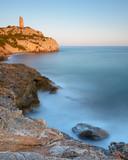 Torre de la Colomera junto al mar Mediterráneo. Oropesa. Castellón. España - 191748266