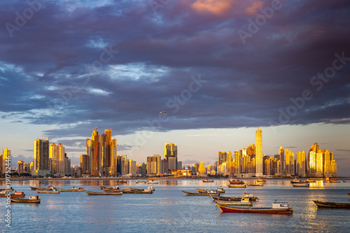 canvas print picture Panaorma von Panama-Stadt