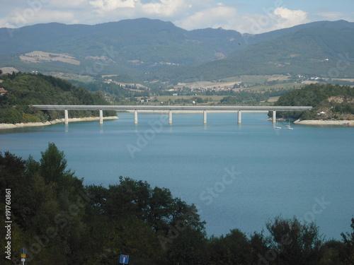 Foto op Canvas Grijze traf. lago bilancino