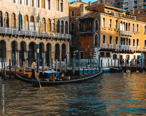 Foto op Plexiglas Venetie Gondola on the Grand Canal, Venice