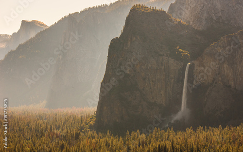 View of Yosemite Valley from Tunnel View point at sunrise - view to Bridalveil falls, El Capitan and Half Dome - Yosemite National Park in California, USA - 191775825