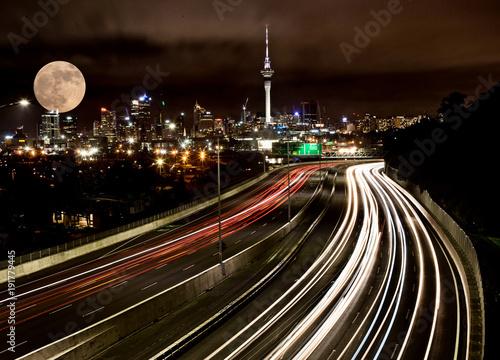 Papiers peints Marron chocolat Full Moon Auckland