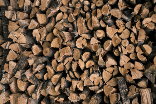 Papiers peints Texture de bois de chauffage Warm firewood, pile of wood, stacked logs