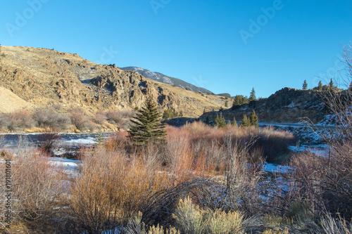 Fotobehang Blauw Desert river canyon