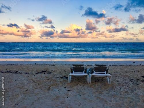 Fotobehang Strand Sunset on tropical beach