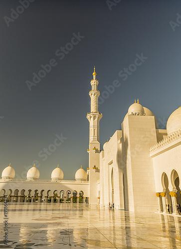 Fotobehang Abu Dhabi The White Mosque