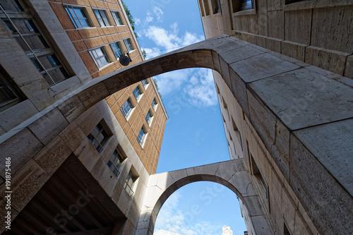 Foto op Plexiglas Milan Milano palazzo piazza Affari vicino alla Borsa
