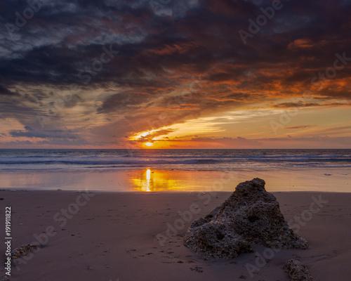 Fotobehang Strand Atardecer en la playa de la Barrosa en Cadiz