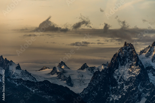 Staande foto Ochtendgloren Sonnenaufgang im Wallis - Schweiz