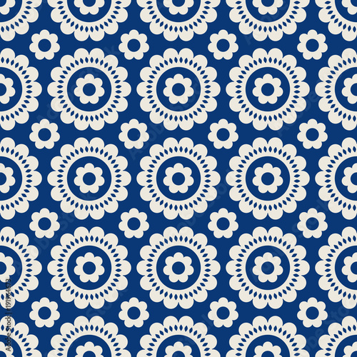 seamless-retro-pattern-with-flowers