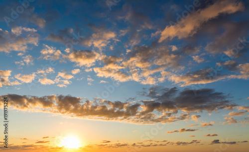 Staande foto Ochtendgloren Sunset sky