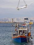 Fischerboot an der kroatischen Küste - 191988042