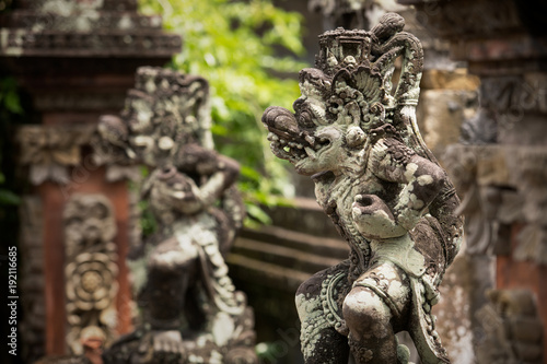 Fotobehang Bali Traditional ancient sculptures of temple in Bali, Indonesia