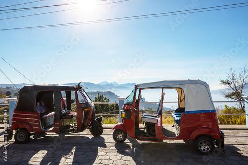 Fotobehang Galyna A. Transport in Guatemala